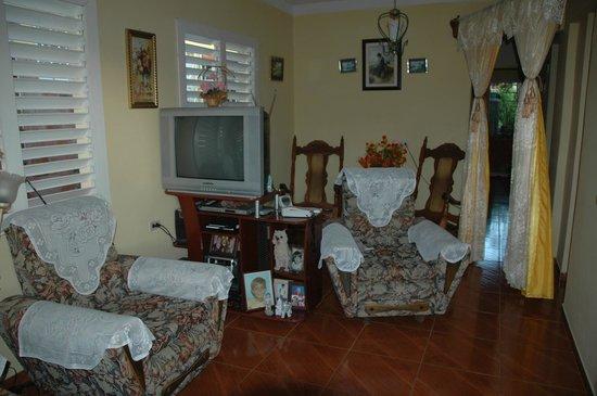 Casa Maria Luisa Alonso: Le salon