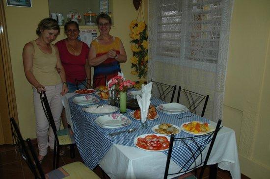 Casa Maria Luisa Alonso: Salle a manger