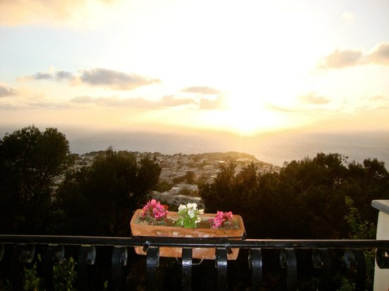 Monte Solaro: Sunset from the terrace
