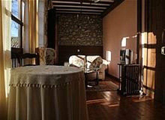 Salón individual de estancia en casa rural la Boleta