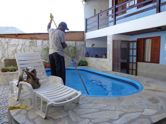 Pousada Mar Azul: piscina ok ,limpa em dias alternados