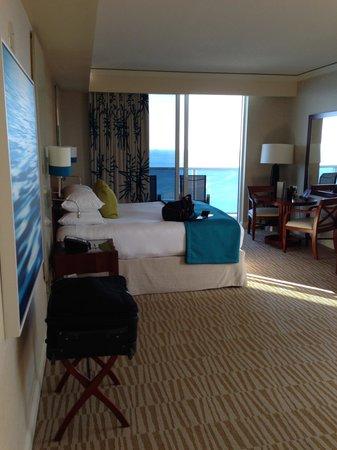 Trump International Beach Resort: Spacious Room