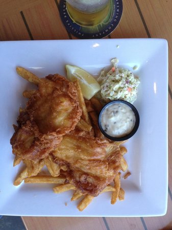 Cow Bay Marine Pub: Fish & Chips