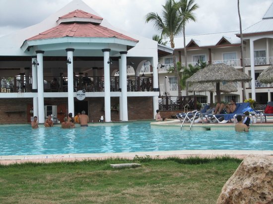 Be Live Collection Punta Cana: Swim up bar