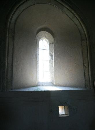 St John the Baptist Church: Inside the church