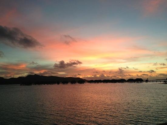 Four Seasons Resort Bora Bora: what a sunset from the back deck