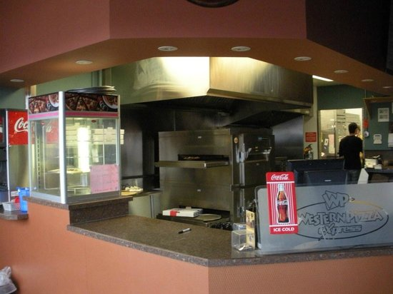 Western Pizza Express: Western's Pizza oven