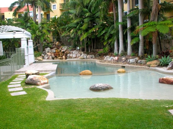 Magic Mountain Resort Gold Coast: family pool
