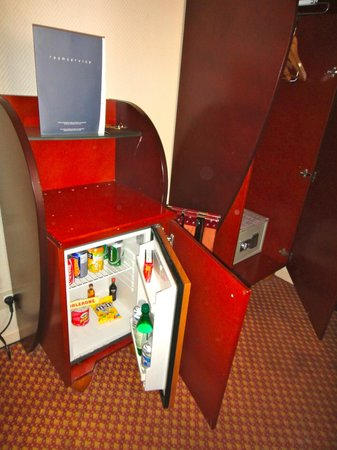 Pavillon Villiers Etoile: Mini bar