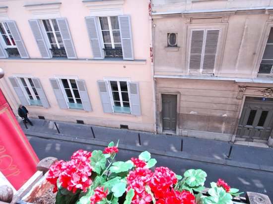 Pavillon Villiers Etoile : View from room