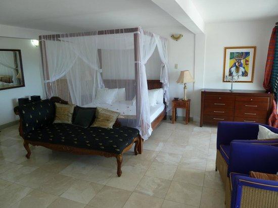 Bacolet Beach Club: elegant room decoration-unusual