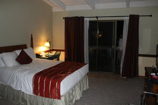 Carmel Valley Lodge : quarto