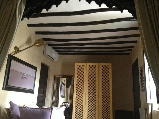 Riad Kheirredine: Room Verveine