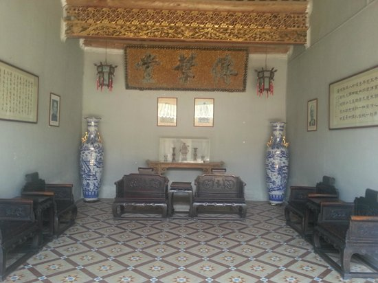 Chen Ci Hong Mansion: Worship Corner