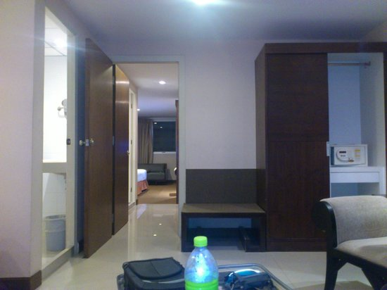 Unico Express Hotel: connecting room (deluxe)