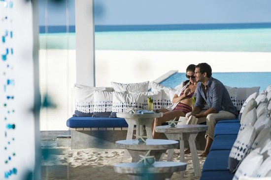 Four Seasons Resort Maldives at Landaa Giraavaru: Blu Lounge