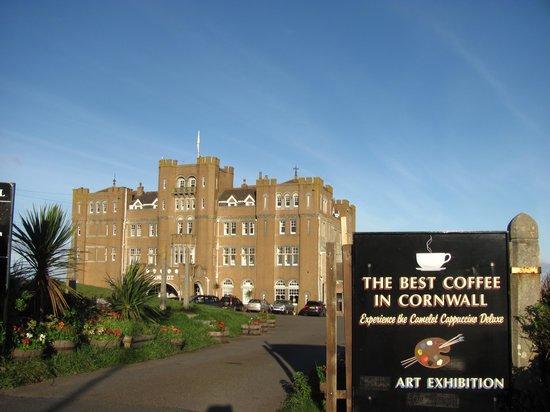 Camelot Castle Hotel: L'esterno dell'hotel