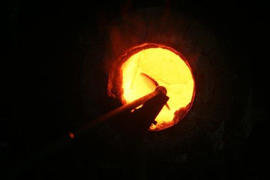 Anselm's Kitengela Hot Glass: glory hole