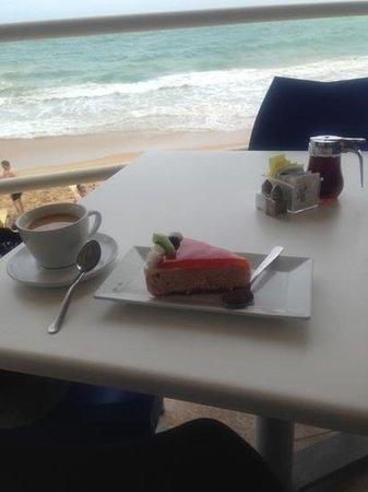 Atlantic Beach Hotel: break fast ummm slow