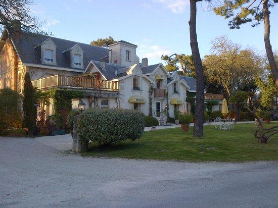Hôtel Residence de Rohan : hotel - front view