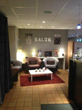 Kyriad Macon Nord - Sance - Parc Des Expositions: reception