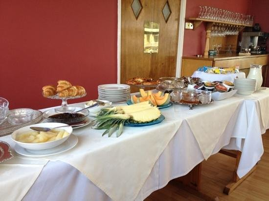 Bossiney House Hotel: Breakfast buffet