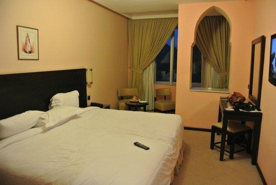 Hotel Almas : stanza