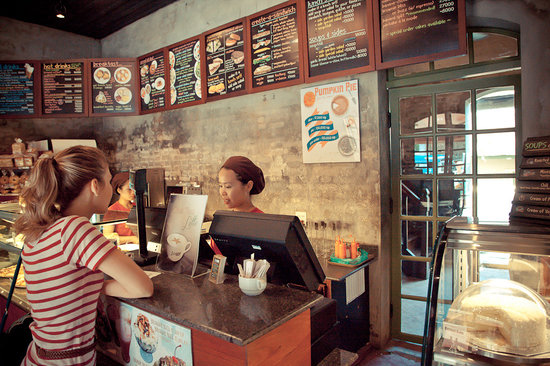 Joma Bakery Cafe: at the register