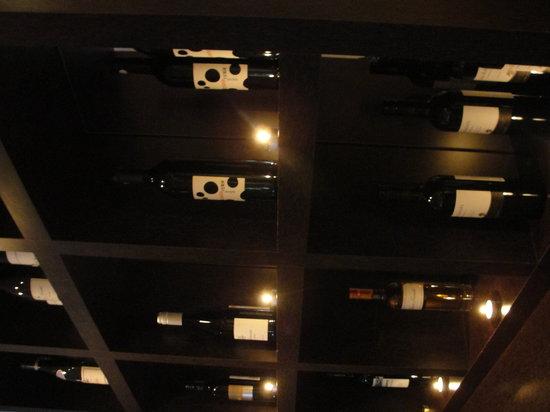 R17 : Wine Rack