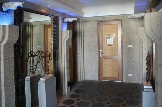 Babylon Bangkok: 7.Etage mit Zimmer 701, links liegt Zimmer 702