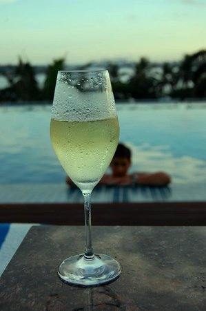 Hyatt Regency Dar es Salaam, The Kilimanjaro: Photo by TravelBella - http://travelbella.wordpress.com/