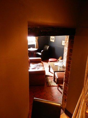 Swan Inn: snug