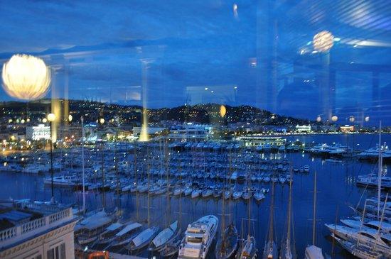 Radisson Blu 1835 Hotel & Thalasso: utsikt från restaurang