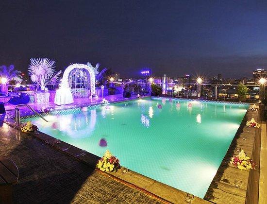 Swimming Pool Picture Of Edenstar Saigon Hotel Ho Chi