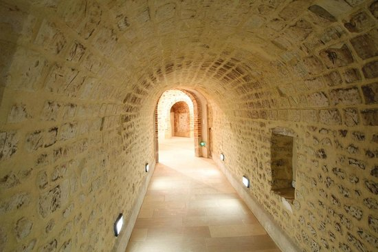 Champagne A.Bergere: The cellar for the tastings the week end