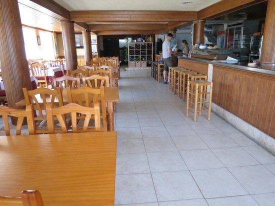 Hostal Alba: The restaurant.