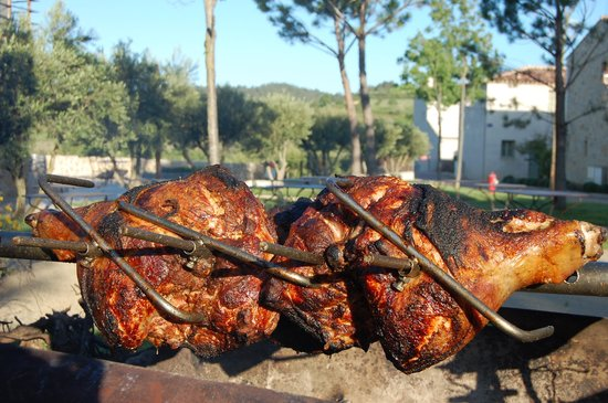 Jardins de Saint-Benoit: Mouth-watering barbecue