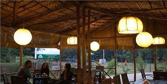 Roots Cafe In The Park, Gurugram