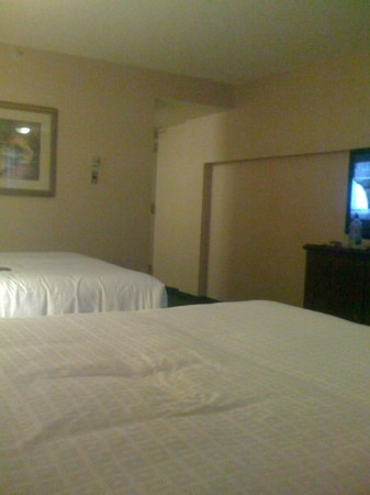 Coast Plaza Hotel & Conference Centre: my room