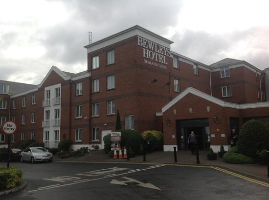 Maldron Hotel Newlands Cross Photo