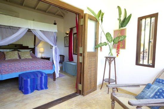 Kikili Villas: Master Bedroom onto upstairs verandah