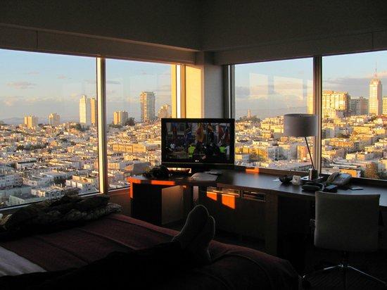 Holiday Inn San Francisco Golden Gateway: Vår fantastiska utsikt från rummet