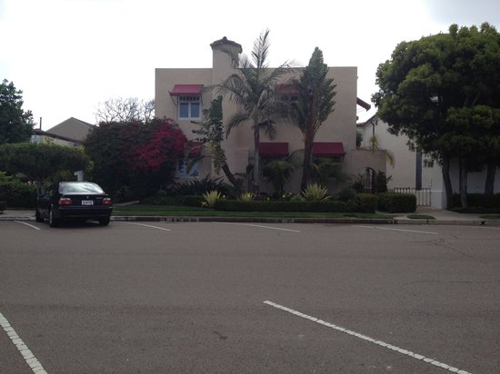 The Bed & Breakfast Inn at La Jolla: View from street