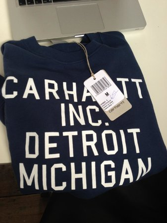 Counter Propaganda: Carhartt Sweater