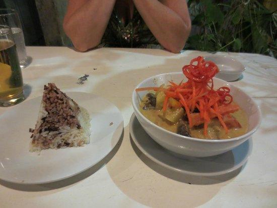 Cool Corner : food is very good