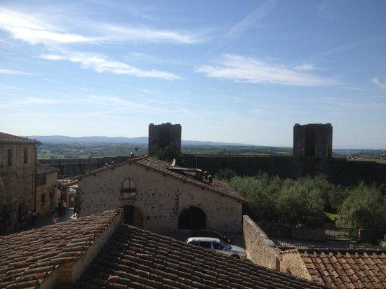 Hotel Monteriggioni: Uitzicht vanuit de kamer