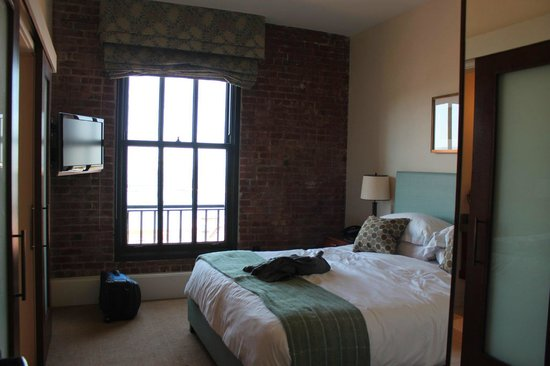 Fairmont Heritage Place, Ghirardelli Square: 2nd bedroom.  Master was a little bigger.