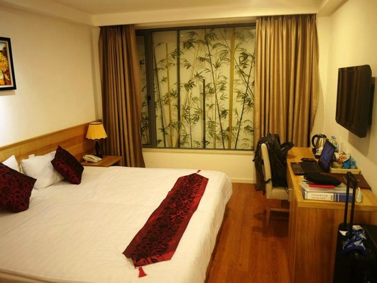 Hanoi Romance Hotel: Room without window but still comfortable