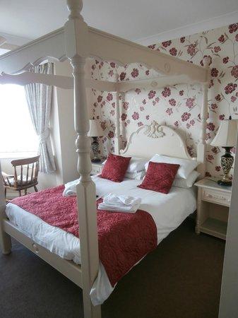 Seacliffe Hotel: room