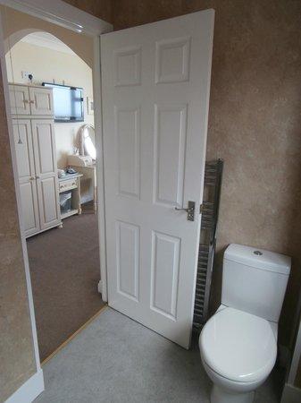 Seacliffe Hotel: bathroom